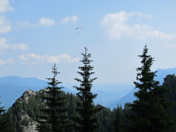 Paraglider über Garmisch