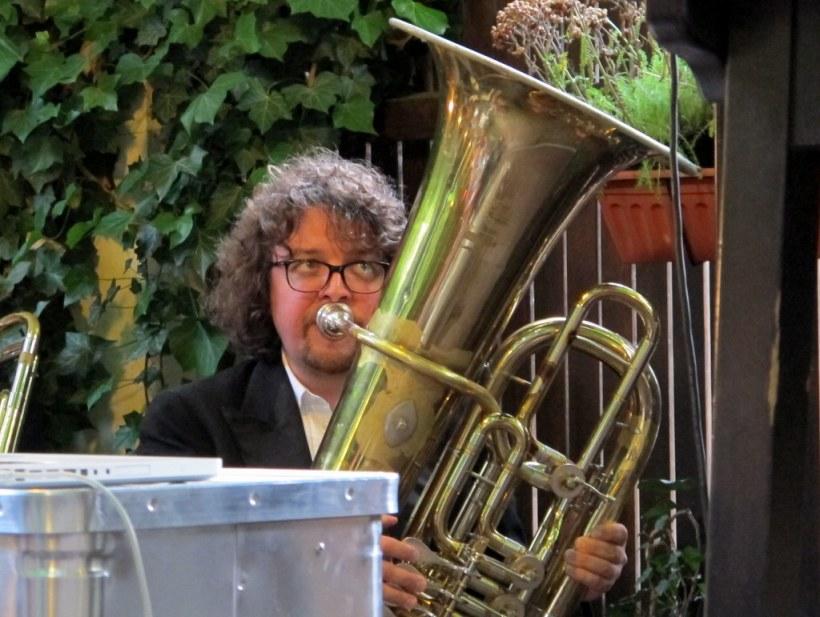 Florian Burgmayr an der Tuba