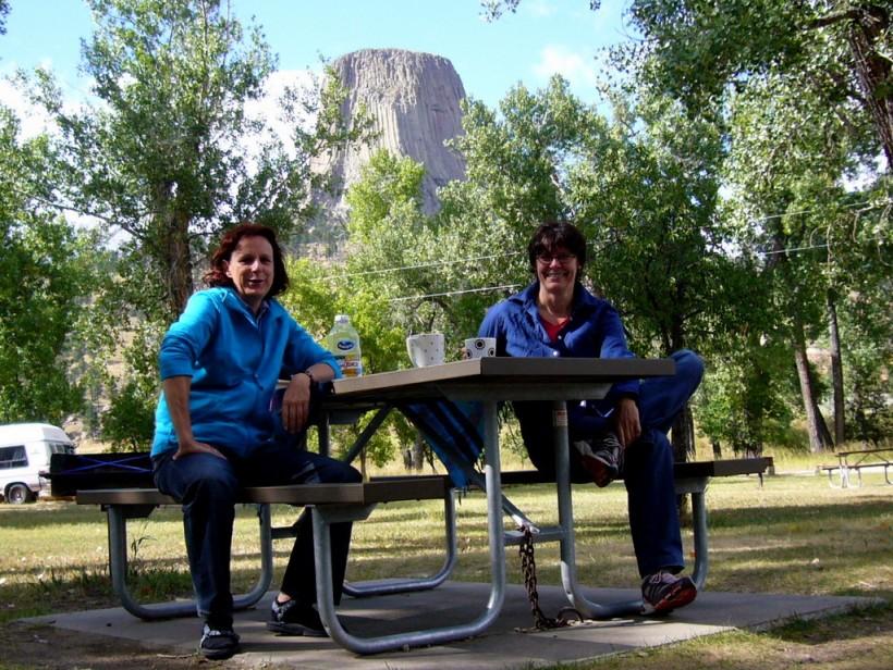Campground mit Aussicht! Ich hatte mein Zelt so positioniert, dass ich vom Eingang aus den Berg im Blick hatte :-)